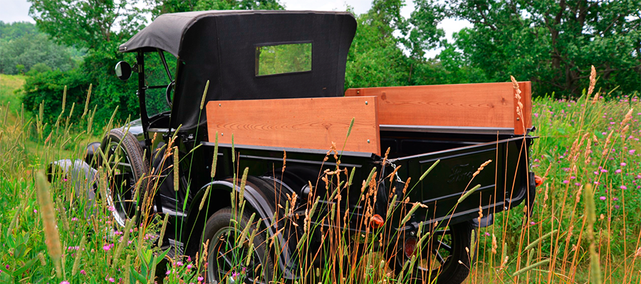 This 1927 Ford Model T Roadster Pickup is 89 years old…