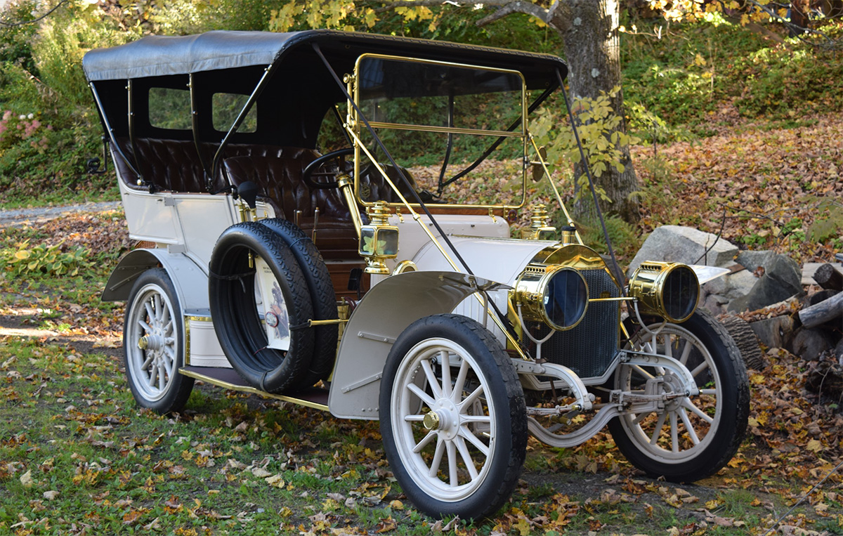 "Fred and BJ Gonet's 1908 Type ""E"" Locomobile"