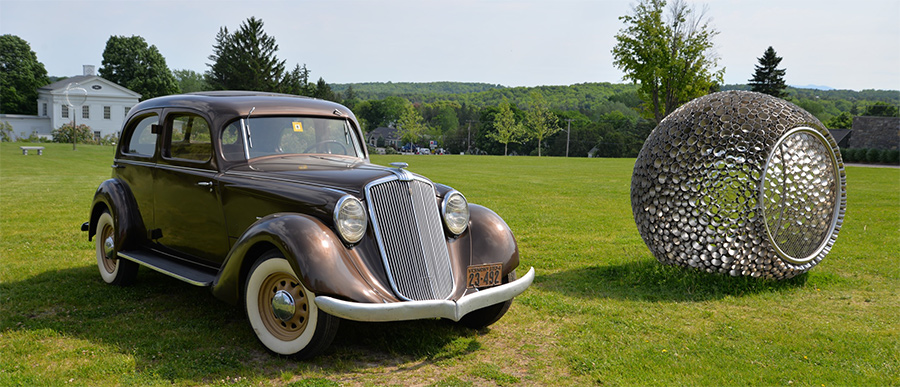 Gary & Nancy Olney's 1934 Aerodynamic Hupmobile